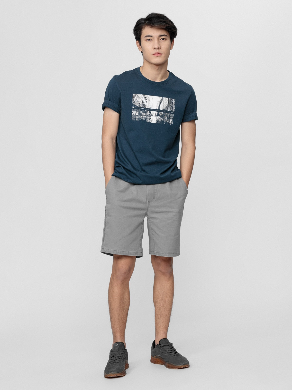 Imagine Pantaloni Scurti Pentru Barbati